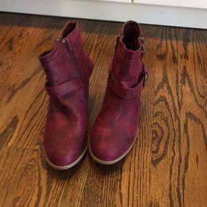 Dark red booties